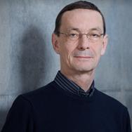 Dr. Michael Suhrke